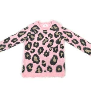 Girls leopard sweater.